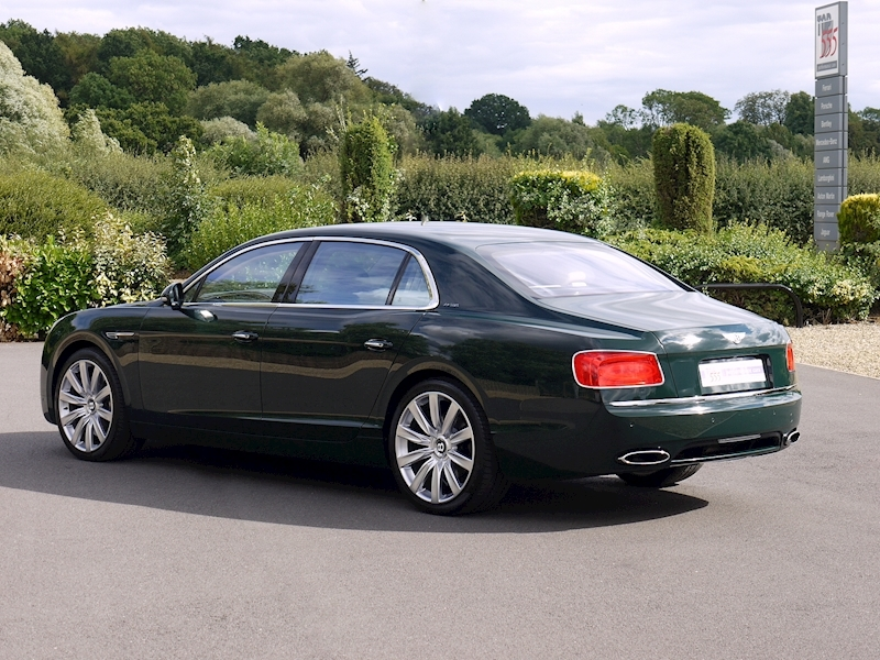 Bentley Flying Spur Mulliner W12 - Large 32