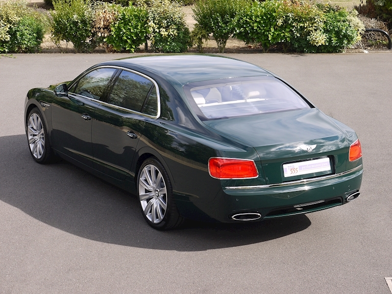 Bentley Flying Spur Mulliner W12 - Large 33