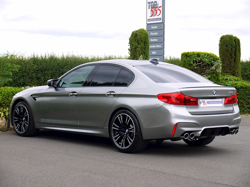 Bmw M5 Saloon 4.4 V8 - Large 12