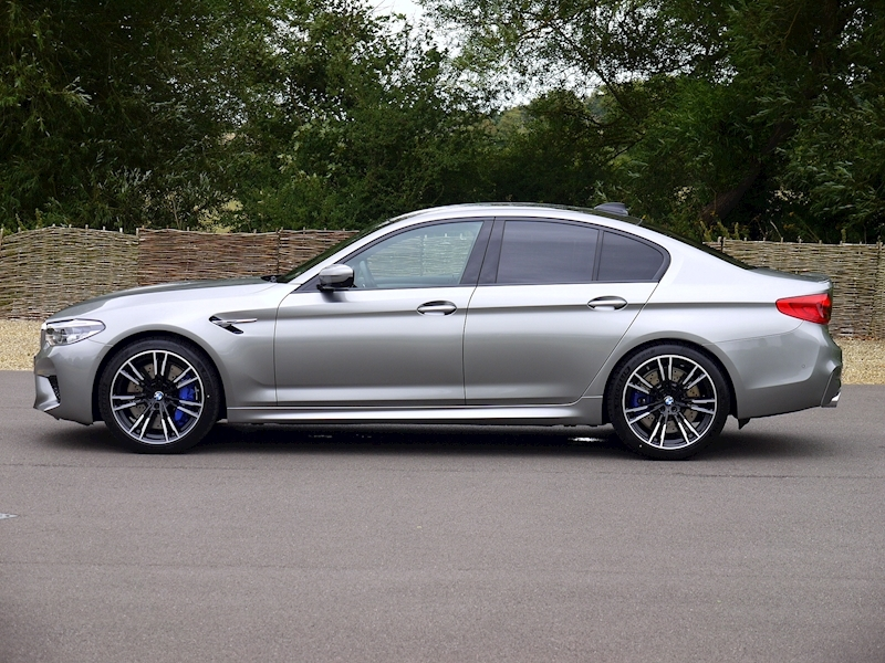 Bmw M5 Saloon 4.4 V8 - Large 24