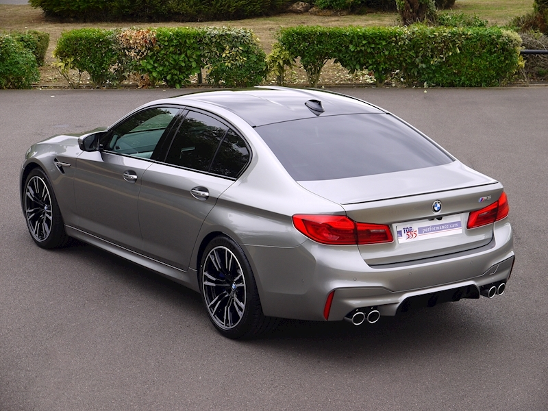 Bmw M5 Saloon 4.4 V8 - Large 43