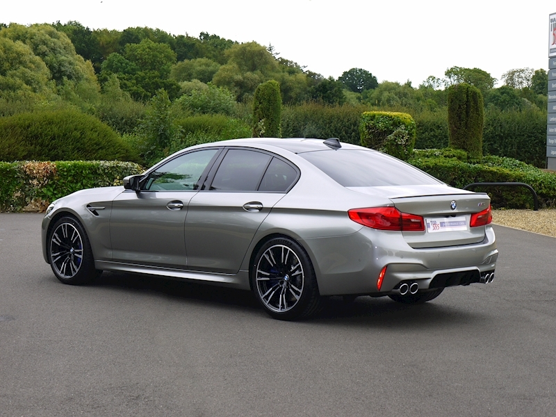 Bmw M5 Saloon 4.4 V8 - Large 44