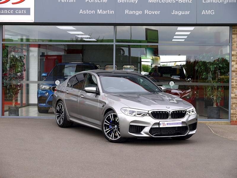 Bmw M5 Saloon 4.4 V8 - Large 45