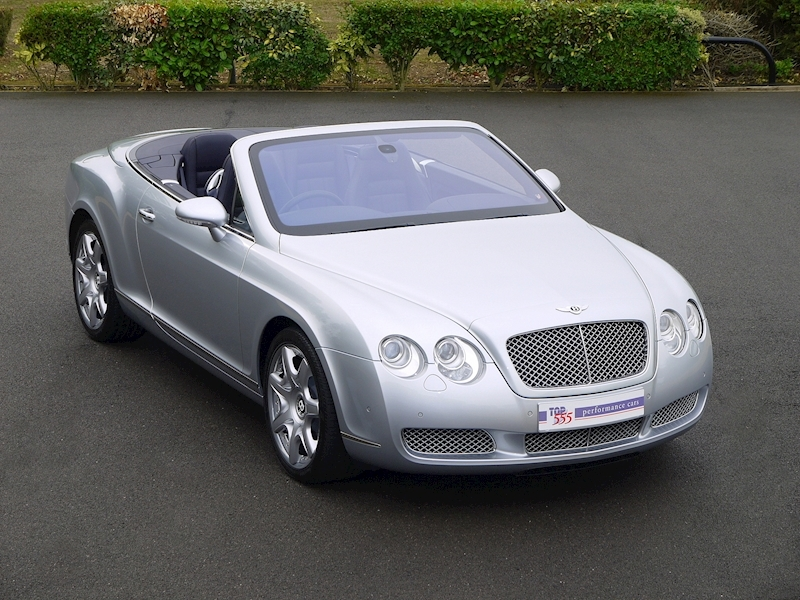 Bentley Continental GTC W12 - Large 0