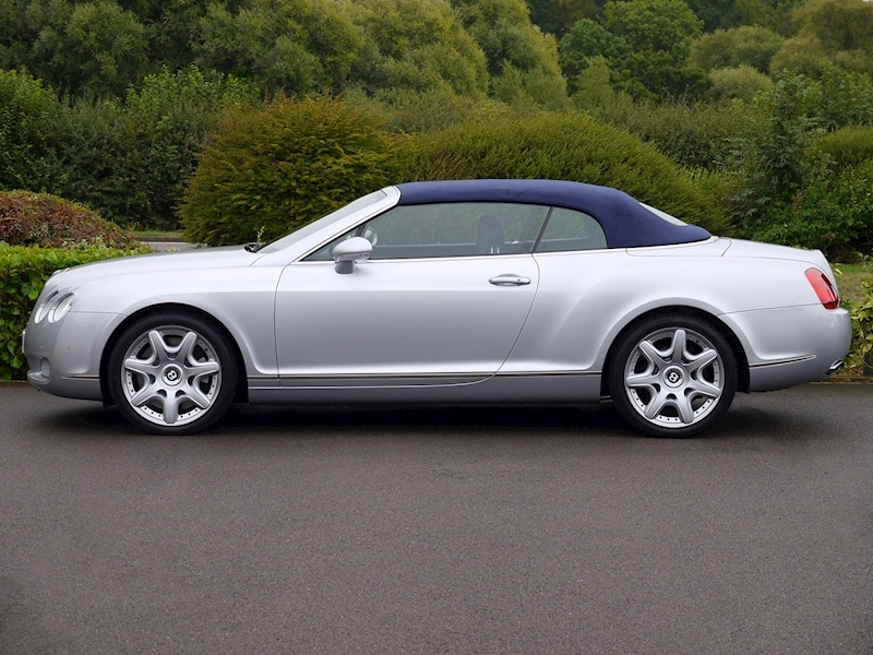Bentley Continental GTC W12 - Large 5