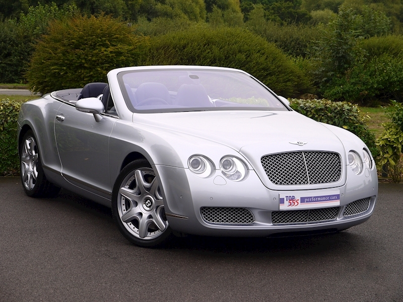 Bentley Continental GTC W12 - Large 27