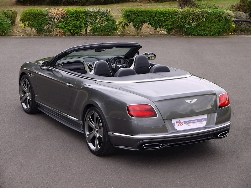 Bentley Continental GT Speed 6.0 Convertible - Large 44