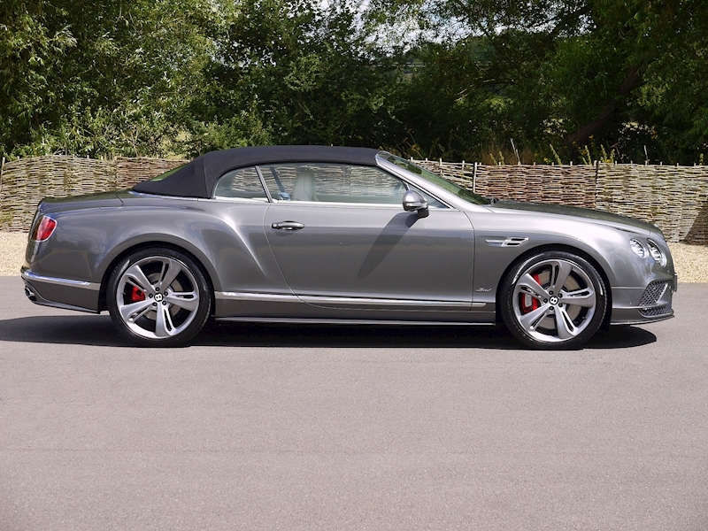 Bentley Continental GT Speed Convertible - Large 31