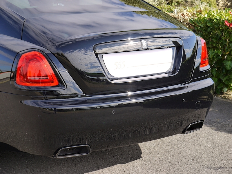 Rolls-Royce Wraith 'Black Badge' - Large 2