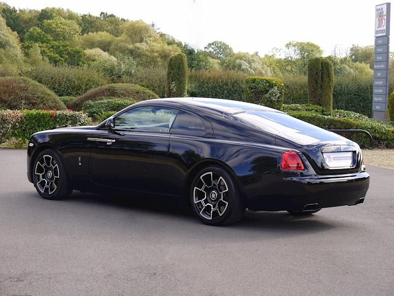Rolls-Royce Wraith 'Black Badge' - Large 47