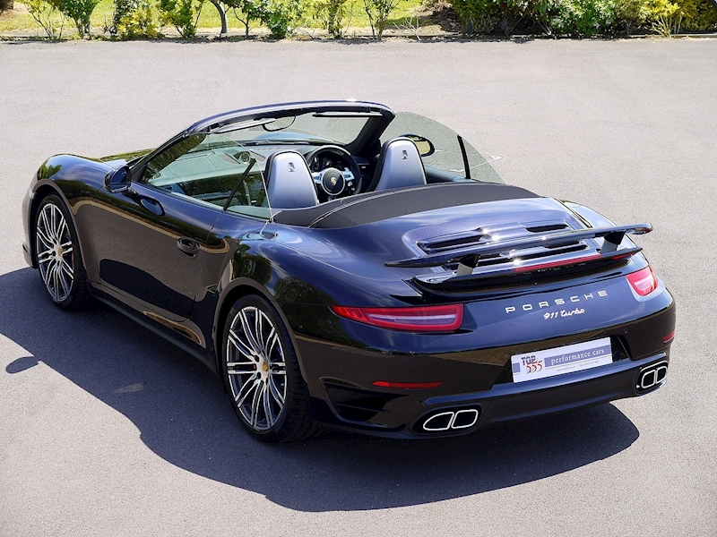 Porsche 911 (991) Turbo Cabriolet 3.8 PDK - Large 18
