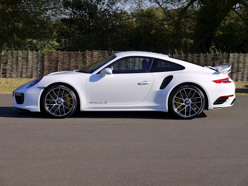 Porsche 911 (991.2) Turbo S 3.8 Coupe PDK - Large 2