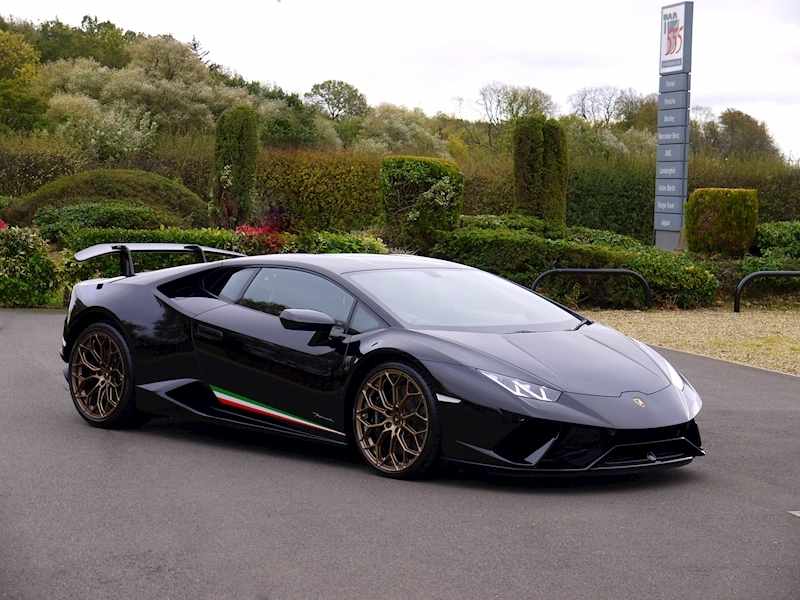 Lamborghini Huracan LP640-4 Performante - Large 27