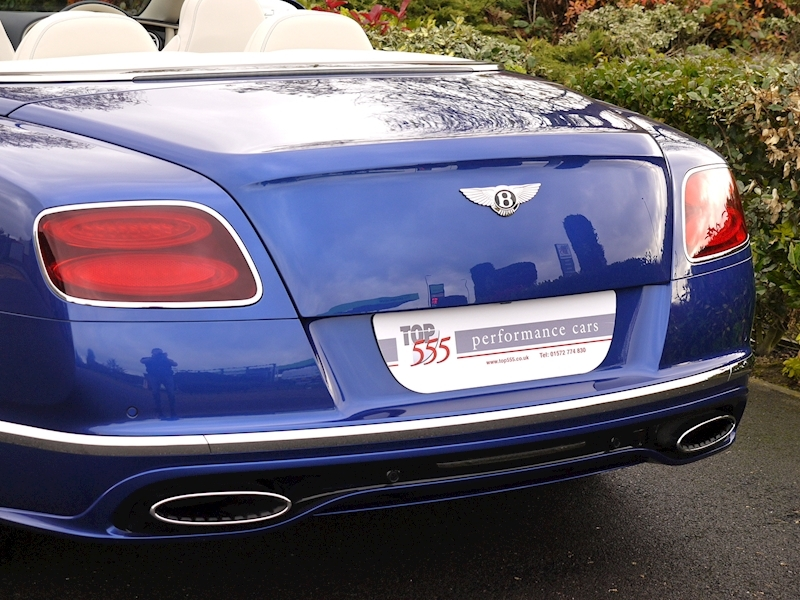 Bentley Continental GT Speed 6.0 Convertible - Large 3