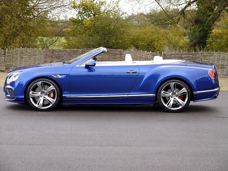 Bentley Continental GT Speed 6.0 Convertible - Large 23