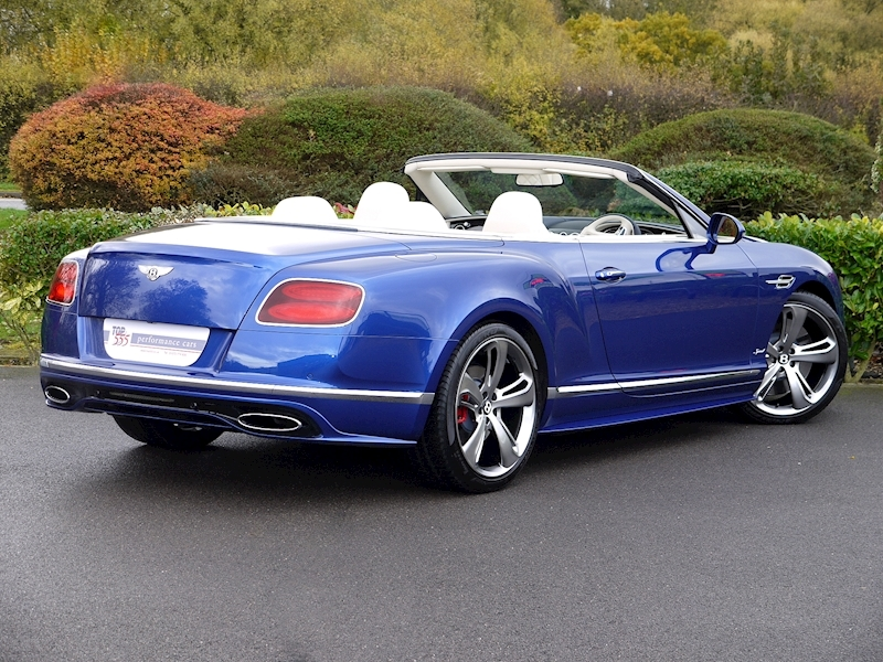 Bentley Continental GT Speed 6.0 Convertible - Large 26