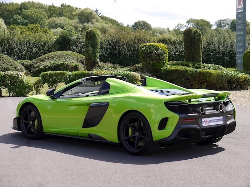 Mclaren 675LT Spider - 1 of 500 - Large 38