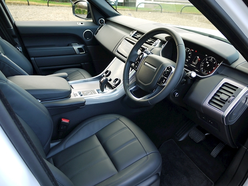 Land Rover Range Rover Sport 3.0 SDV6 HSE - Large 1