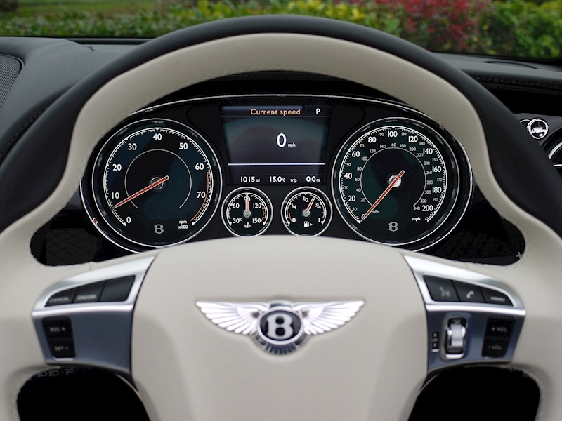 Bentley Continental GTC 4.0 V8 S Mulliner - Large 27
