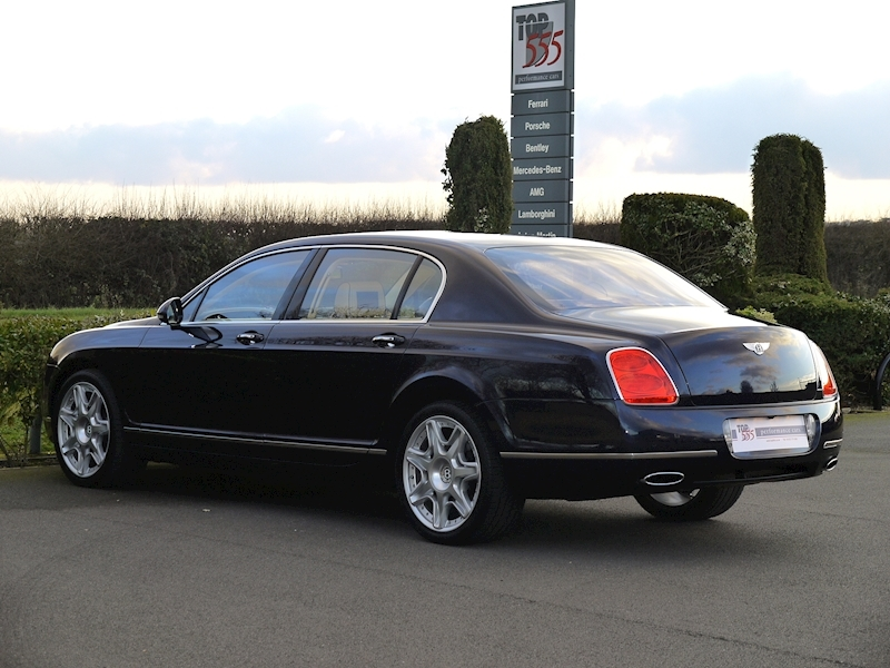 Bentley Flying Spur Mulliner W12 - Large 13