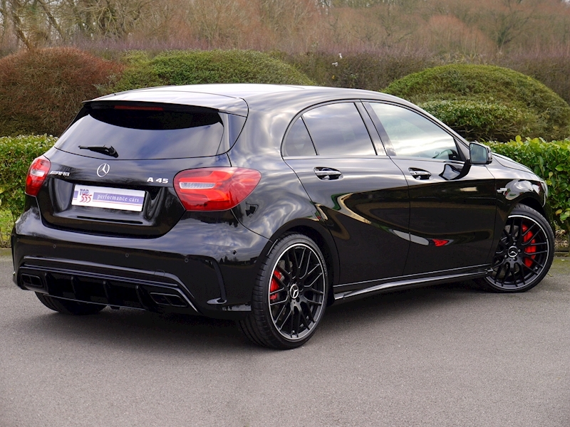 Mercedes-Benz AMG A45 4MATIC - Large 26