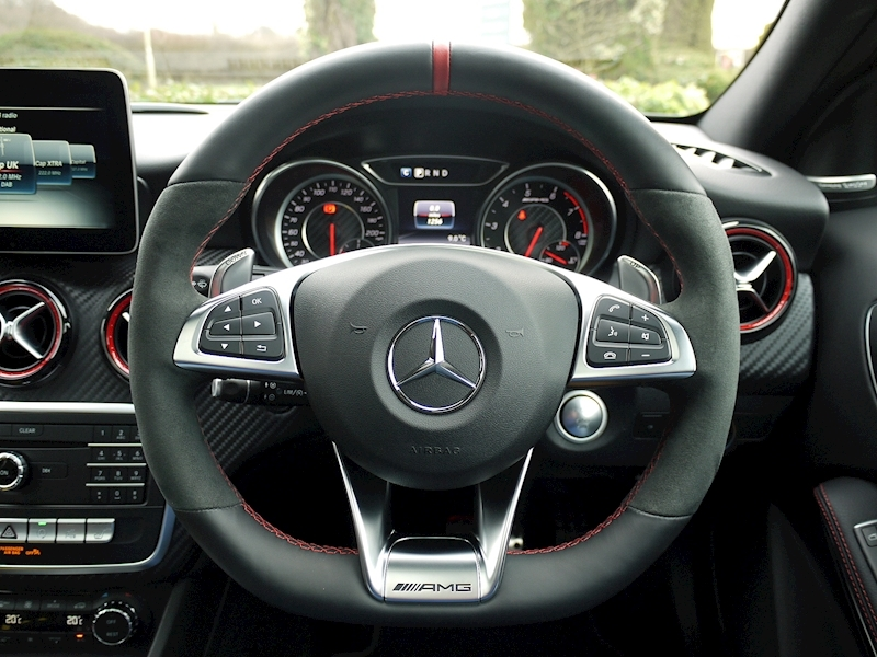 Mercedes-Benz AMG A45 4MATIC - Large 28