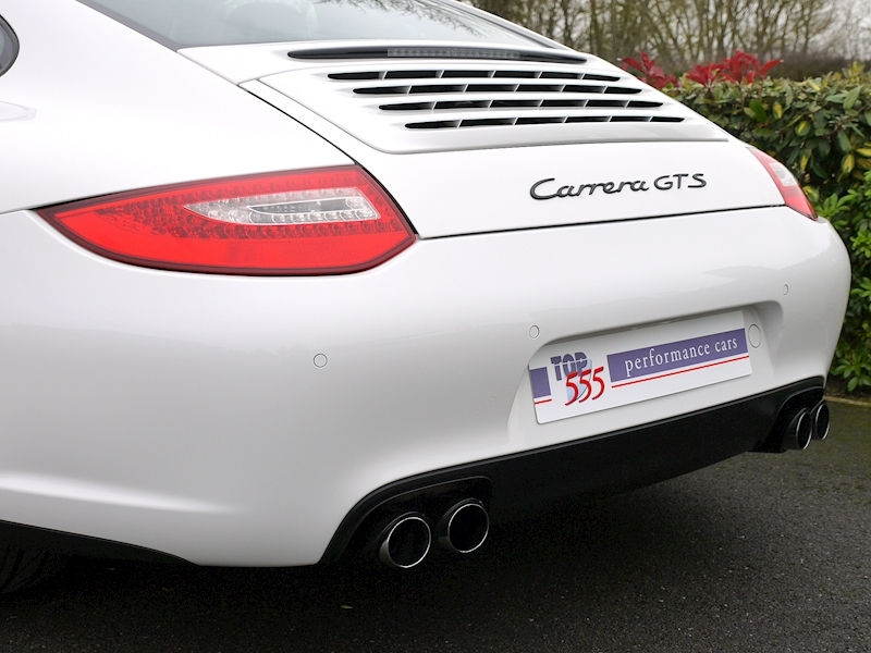 Porsche 911 Carrera (997.2) GTS 3.8 Manual - Large 5