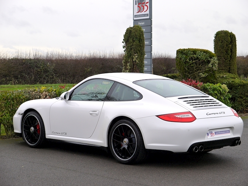 Porsche 911 Carrera (997.2) GTS 3.8 Manual - Large 8