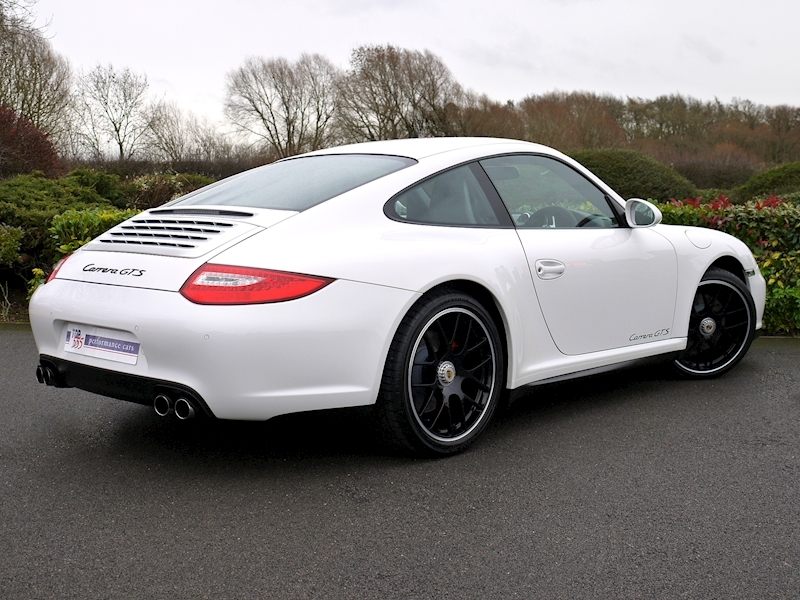 Porsche 911 Carrera (997.2) GTS 3.8 Manual - Large 23