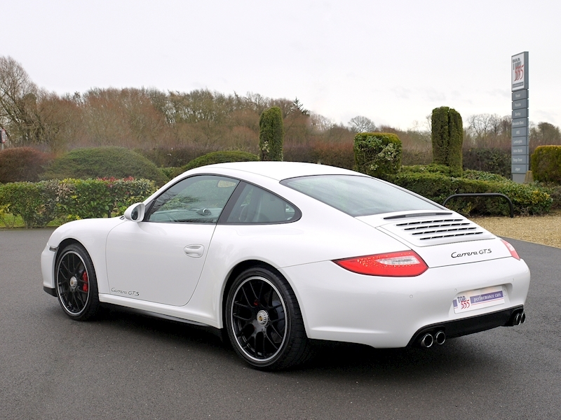 Porsche 911 Carrera (997.2) GTS 3.8 Manual - Large 29