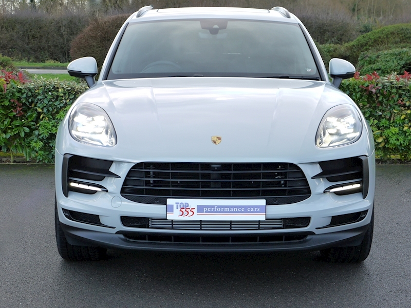 Porsche Macan 2.0 PDK - New Model - Large 9