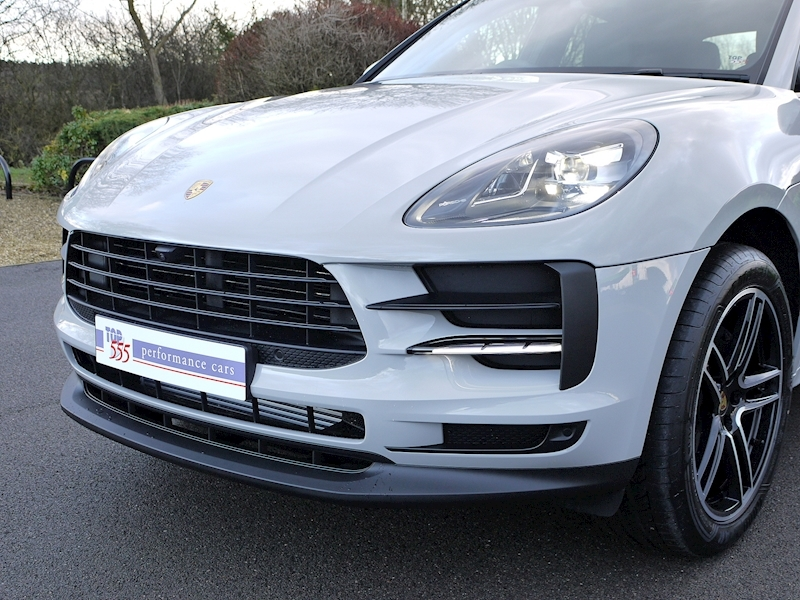 Porsche Macan 2.0 PDK - New Model - Large 10