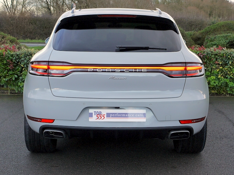 Porsche Macan 2.0 PDK - New Model - Large 13