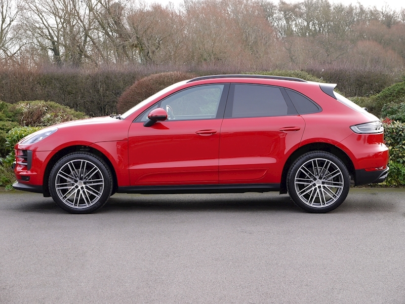 Porsche Macan 2.0 PDK - New Model - Large 4