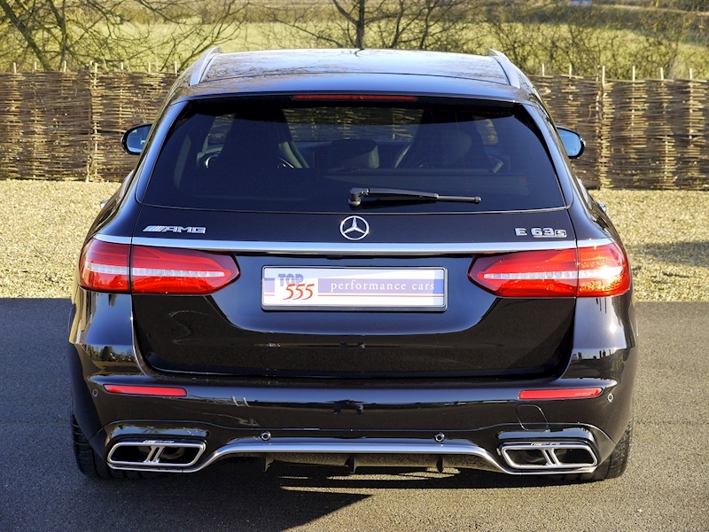 Mercedes-Benz E 63 S 4Matic+ Estate 4.0 - Large 10