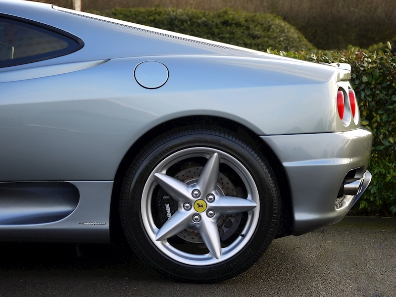 Ferrari 360 Modena - Manual - Large 3