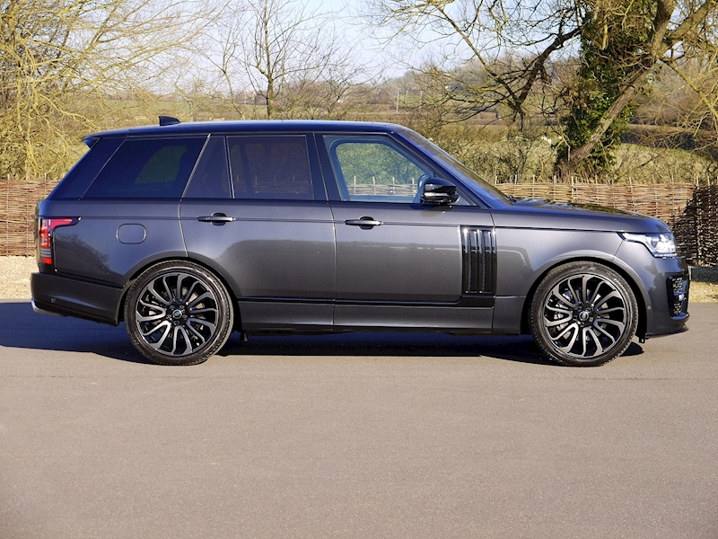 Land Rover RANGE ROVER 4.4 SDV8 AUTOBIOGRAPHY - BLACK SVO DESIGN PACK - Large 15