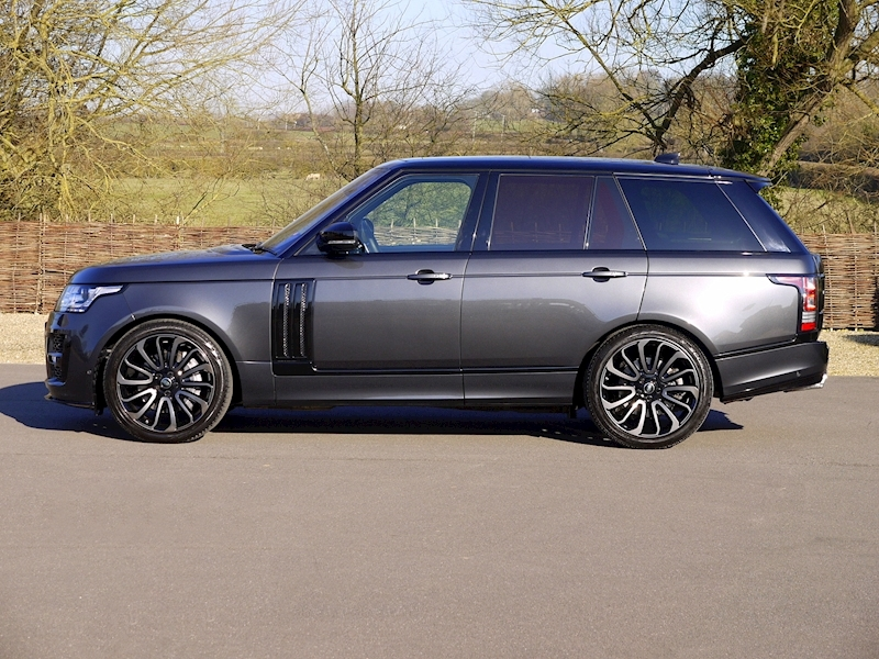 Land Rover RANGE ROVER 4.4 SDV8 AUTOBIOGRAPHY - BLACK SVO DESIGN PACK - Large 24