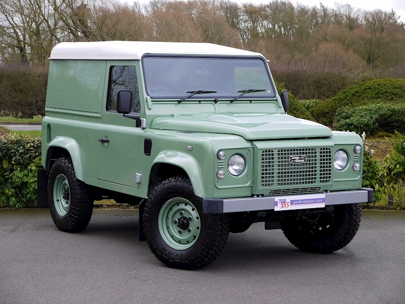 Land Rover Defender 90 'Heritage Edition' Hard Top - Large 20