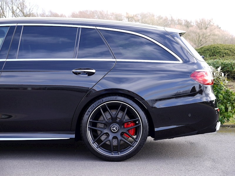 Mercedes-Benz E63 S AMG 4MATIC+ ESTATE 4.0 - Large 3