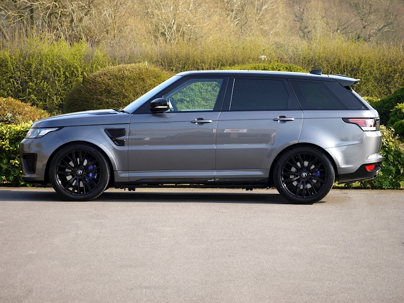 Land Rover Range Rover Sport 5.0 V8 'SVR' - 2017 Model - Large 2