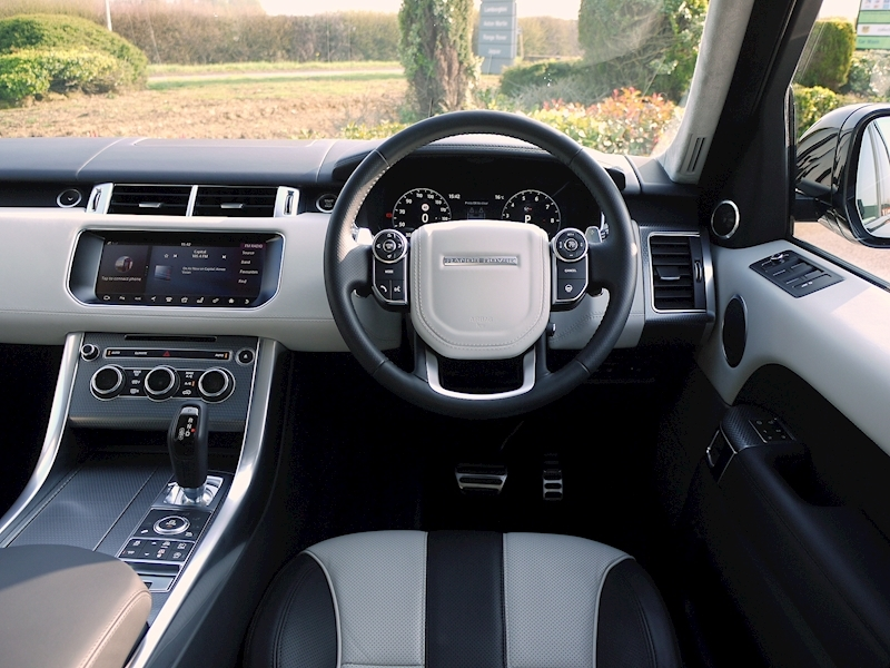 Land Rover Range Rover Sport 5.0 V8 'SVR' - 2017 Model - Large 27