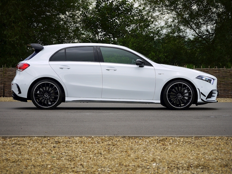 Mercedes-Benz A35 AMG 4MATIC - Premium Plus Package - Large 16