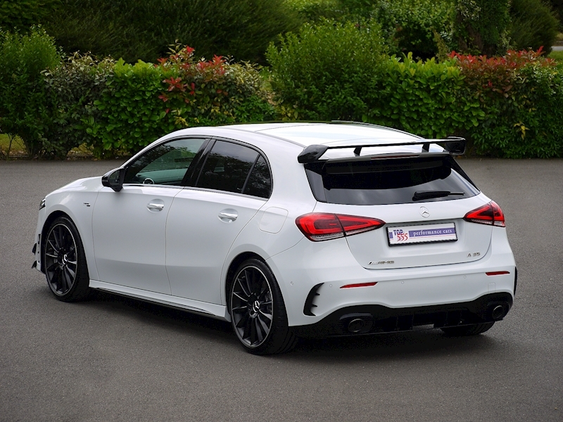 Mercedes-Benz A35 AMG 4MATIC - Premium Plus Package - Large 40