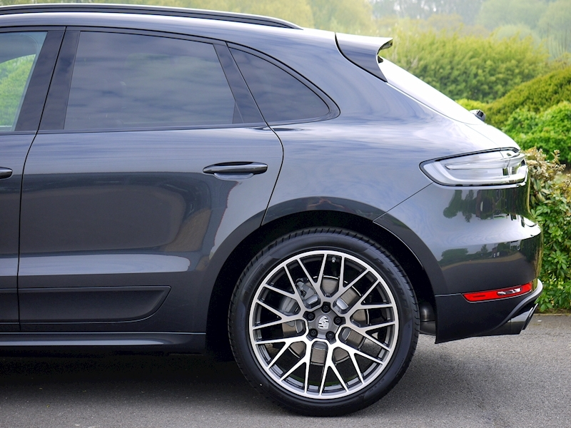 Porsche Macan S 3.0 PDK - NEW MODEL - Large 4