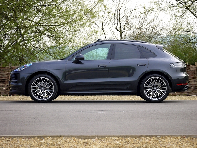 Porsche Macan S 3.0 PDK - NEW MODEL - Large 24