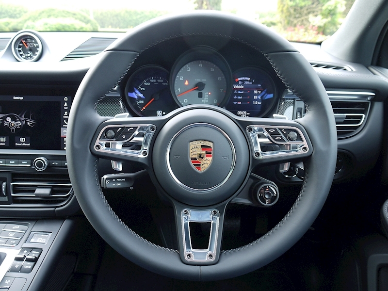 Porsche Macan S 3.0 PDK - NEW MODEL - Large 30