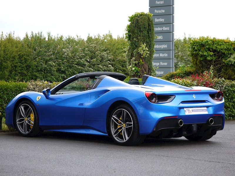 Ferrari 488 Spider - Large 10