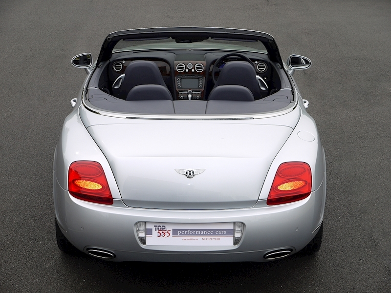 Bentley Continental GTC 6.0 W12 - Large 16