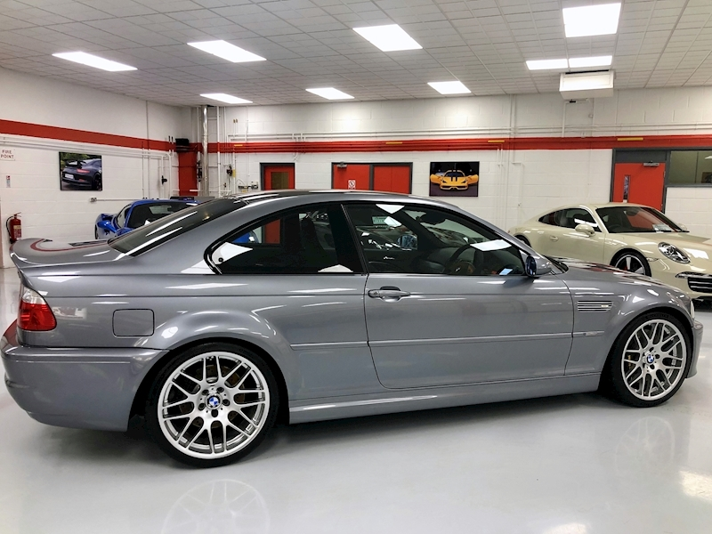 BMW M3 CSL - 1 of 422 UK Cars - Large 3